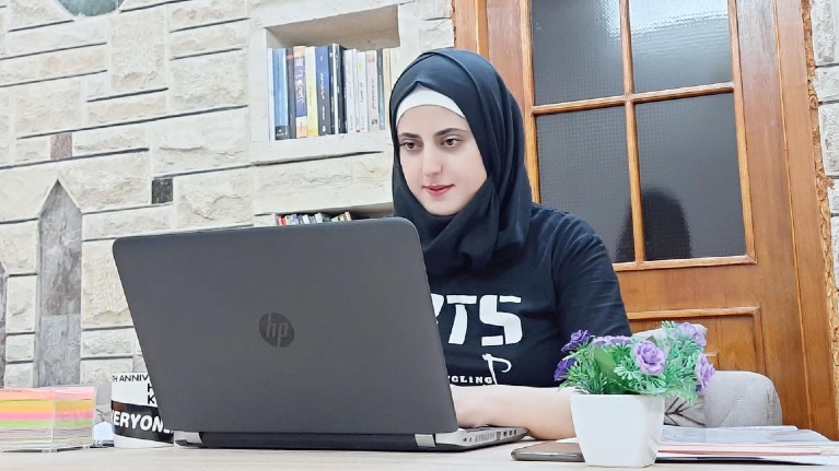 Young female entrepreneur strives to transform the medical sector in the Kurdistan Region of Iraq